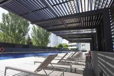 Квартира в доме с бассейном недалеко от пляжа в Барселоне